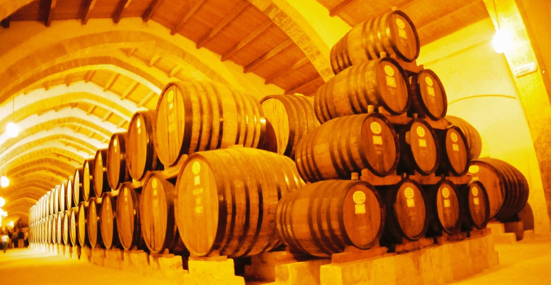 Processing aids for wine production